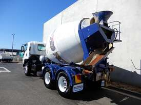 Isuzu FVZ1400 Road Maint Truck - picture2' - Click to enlarge