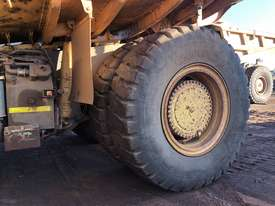 Komatsu HD785-7 Dump Truck - picture7' - Click to enlarge