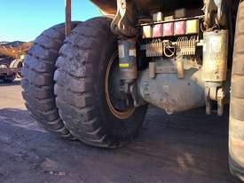 Komatsu HD785-7 Dump Truck - picture8' - Click to enlarge