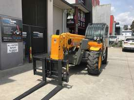 Dieci 301.3 Used Telehandler 2012 with Pallet Forks & Air Con - picture13' - Click to enlarge