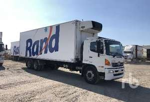 Hino   500 SERIES Reefer Truck