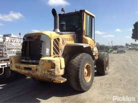 2010 Volvo L90F - picture6' - Click to enlarge