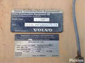 2010 Volvo L90F - picture9' - Click to enlarge