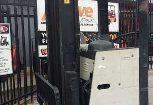 Doosan (Crown) ELECTRIC REACH TRUCK 1.5 TON 4.5M LIFT ONLY $1999