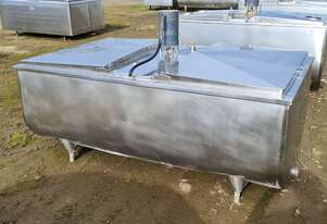1,320lt STAINLESS STEEL TANK, MILK VAT