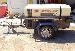 2006 Ingersoll Rand 7/41  Portable diesel air compressor 140 cfm on road tow trailer with lights