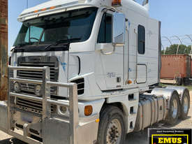 2010 Freightliner Argosy 110 Prime mover, ice pack. E.M.U.S. TS526 - picture0' - Click to enlarge