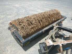 CATERPILLAR BA18 Skid Steer Broom - picture0' - Click to enlarge
