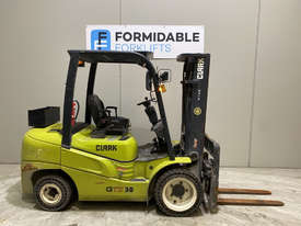 Clark GTS30D Diesel Counterbalance Forklift - picture0' - Click to enlarge