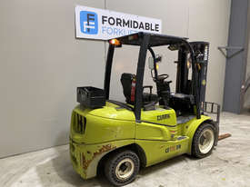 Clark GTS30D Diesel Counterbalance Forklift - picture2' - Click to enlarge