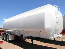 Water Tanker 32,000 Litre - picture0' - Click to enlarge