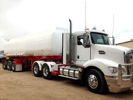 Water Tanker 32,000 Litre - picture2' - Click to enlarge