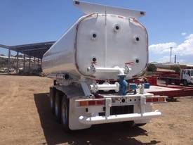 Water Tanker 32,000 Litre - picture15' - Click to enlarge