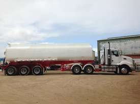 Water Tanker 32,000 Litre - picture3' - Click to enlarge