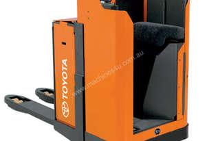BT Levio LSE200 Stand-On Powered Pallet Truck