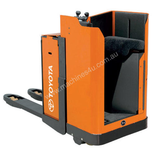 Toyota Levio LSE200 Stand-On Powered Pallet Truck