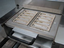 Semi-Automatic Tray Sealer Sealing Packing Machine - picture1' - Click to enlarge