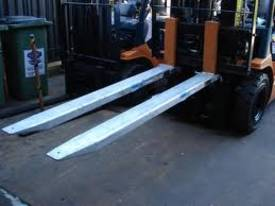New Forklift Slippers/Extensions - picture2' - Click to enlarge