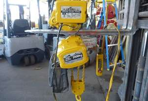LIFTALL BEAVER 2TON CHAIN HOIST WITH ELECT TRAVEL