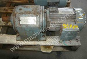 SEW EURODRIVE REDUCTION BOX MOTOR/ 21RPM