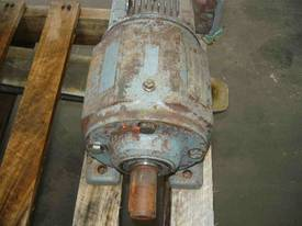 SEW EURODRIVE REDUCTION BOX MOTOR/ 21RPM - picture1' - Click to enlarge
