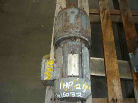 SEW EURODRIVE REDUCTION BOX MOTOR/ 21RPM - picture2' - Click to enlarge