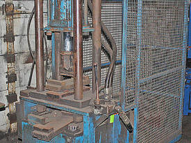 Hydraulic Press Mobile 3 Phase - picture0' - Click to enlarge