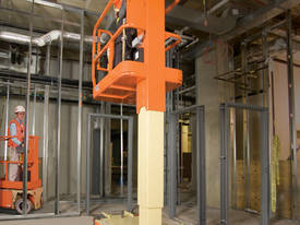 JLG 1230ES  Mast Lift - picture12' - Click to enlarge