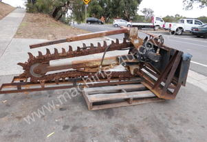 HDT-XD digger trencher ex goverment Darwin