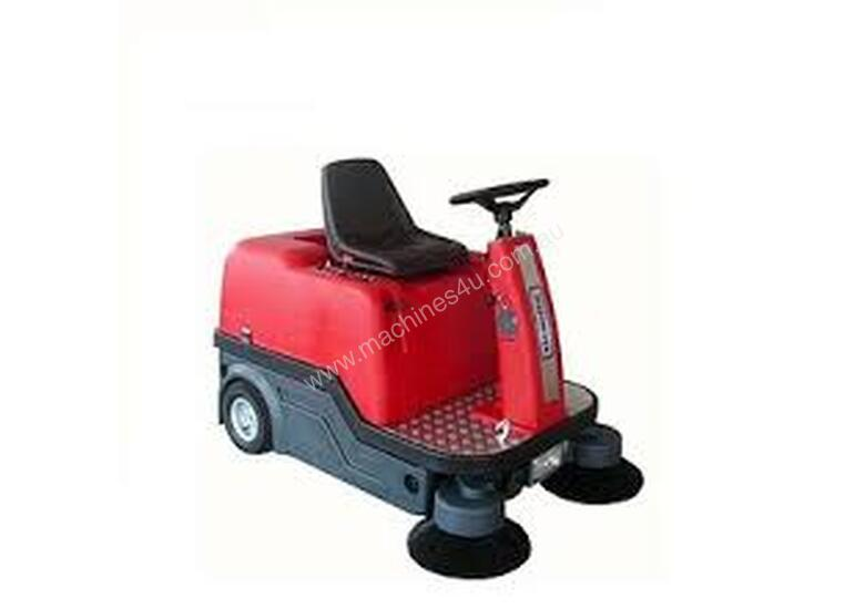 Comercial Ride on Sweeper
