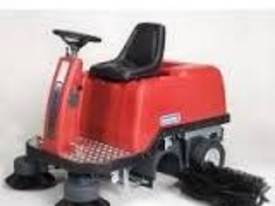 Comercial Ride on Sweeper - picture1' - Click to enlarge