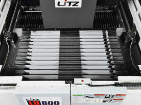Litz LU-800 High Precision 5 Axis Machining Centre - picture8' - Click to enlarge