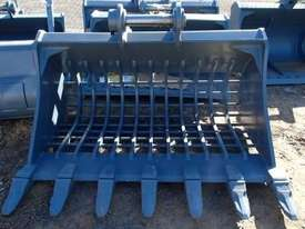 VARIOUS Other Bucket-Rock Attachments - picture0' - Click to enlarge