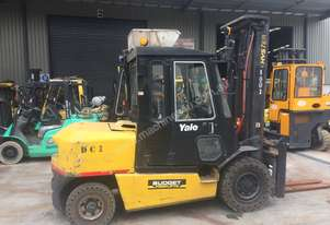 Yale 5T Counterbalance Forklift