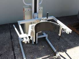 Drum Lifter - picture3' - Click to enlarge