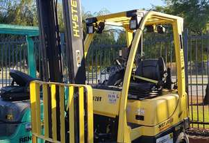 Hyster 1.8T Counterbalance Forklift