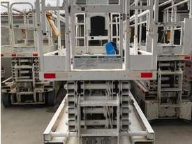 2012 - 10M Electric Scissor Lift - picture2' - Click to enlarge