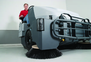 Nilfisk Diesel Ride On Sweeper SW8000