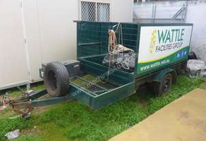 Single Axle 8x5 Box Top Trailer with Sides in Auction