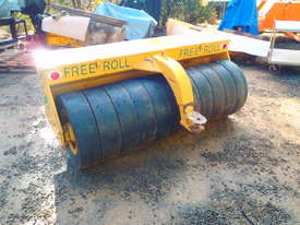 Free Roll Horwood Bagshaw Roller - picture9' - Click to enlarge