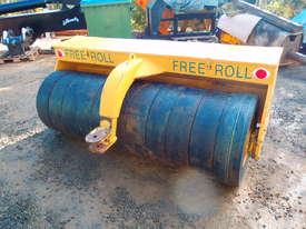 Free Roll Horwood Bagshaw Roller - picture11' - Click to enlarge