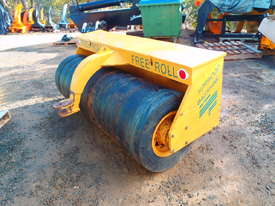 Free Roll Horwood Bagshaw Roller - picture12' - Click to enlarge