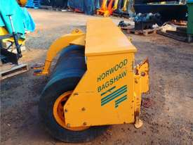 Free Roll Horwood Bagshaw Roller - picture0' - Click to enlarge