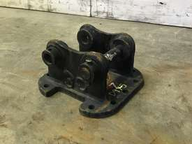 HEAD BRACKET TO SUIT 1-2T EXCAVATOR D975 - picture0' - Click to enlarge