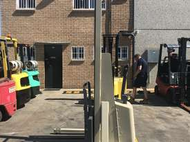 Crown Walk behind Stacker - New Batteries - Great refurbished unit with Warranty - picture3' - Click to enlarge