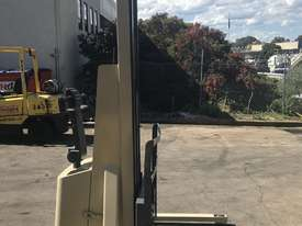 Crown walk behind Stacker - New Batteries - Great refurbished unit with Warranty - picture0' - Click to enlarge