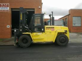 Big Forklifts for hire - picture2' - Click to enlarge