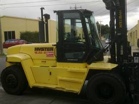 Big Forklifts for hire - picture5' - Click to enlarge