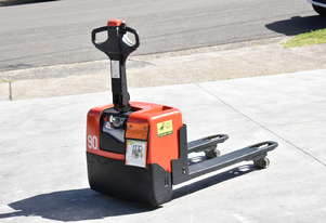BT 1.31T Powered Pallet Mover HIRE from $140pw + GST