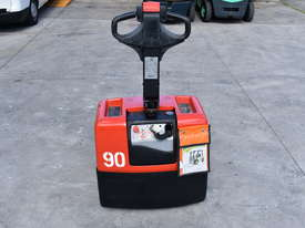 BT 1.31T Powered Pallet Mover HIRE from $155pw + GST - picture1' - Click to enlarge